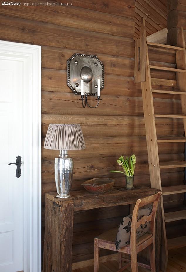 laftet hytte pris