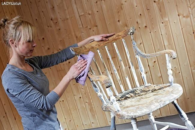 hvordan male en stol