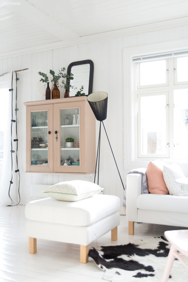 Male møbler