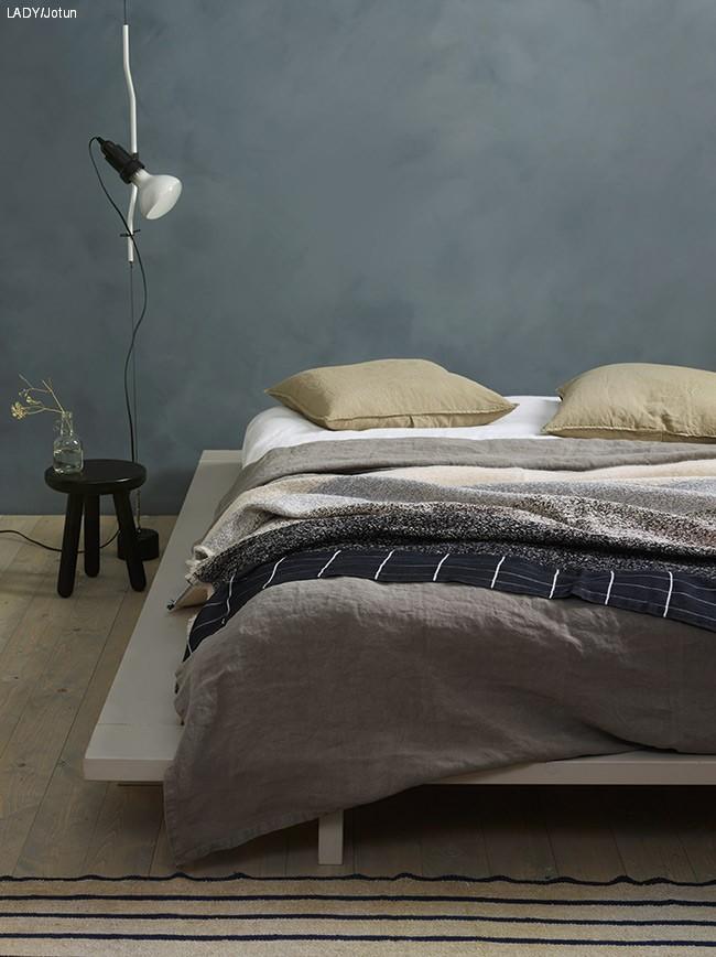 Vakkert med kalkmaling på soverommet