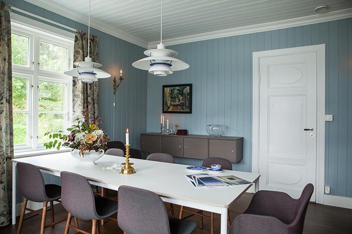 Panel tilfører naturlige materialer til hjemmet ditt, gir særpreg og et godt innemiljø. Veggpanel passer både til moderne og tradisjonelle hjem.