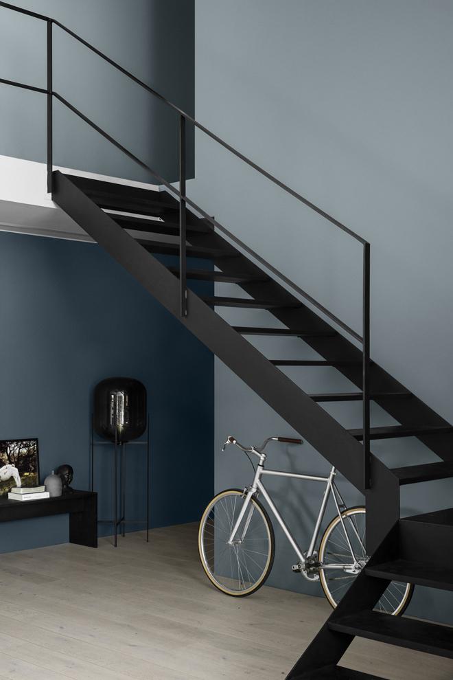 Nytt fargekart med fargene LADY 5455 Industrial Blue og 5044 Blåis