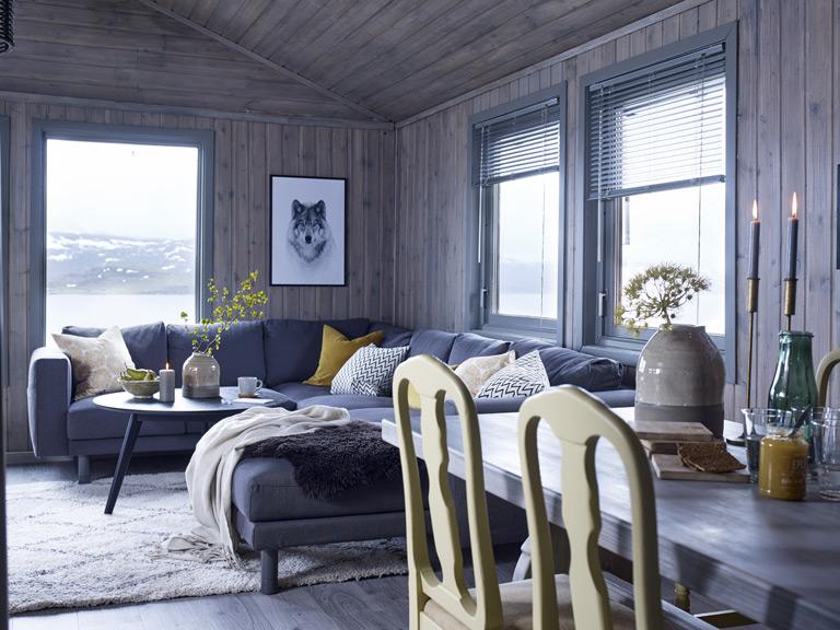 Hytte i nord med friske farger