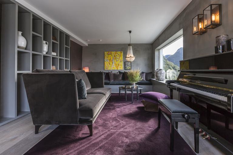 Elegant stue i tøff stil