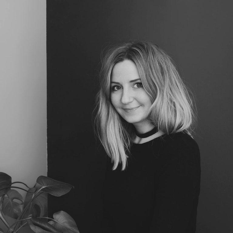 Nadia Norskott jobber som fotograf