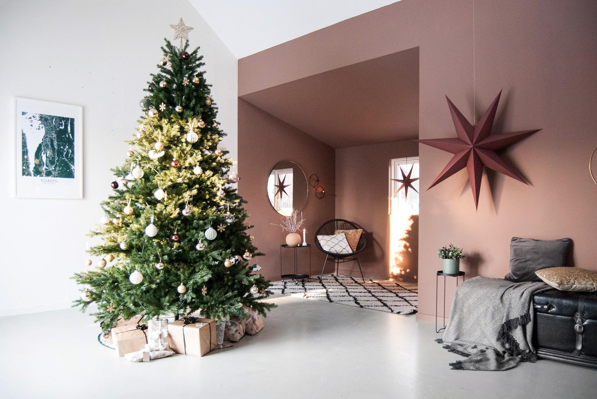 Jul i varme nyanser hos Vibeke