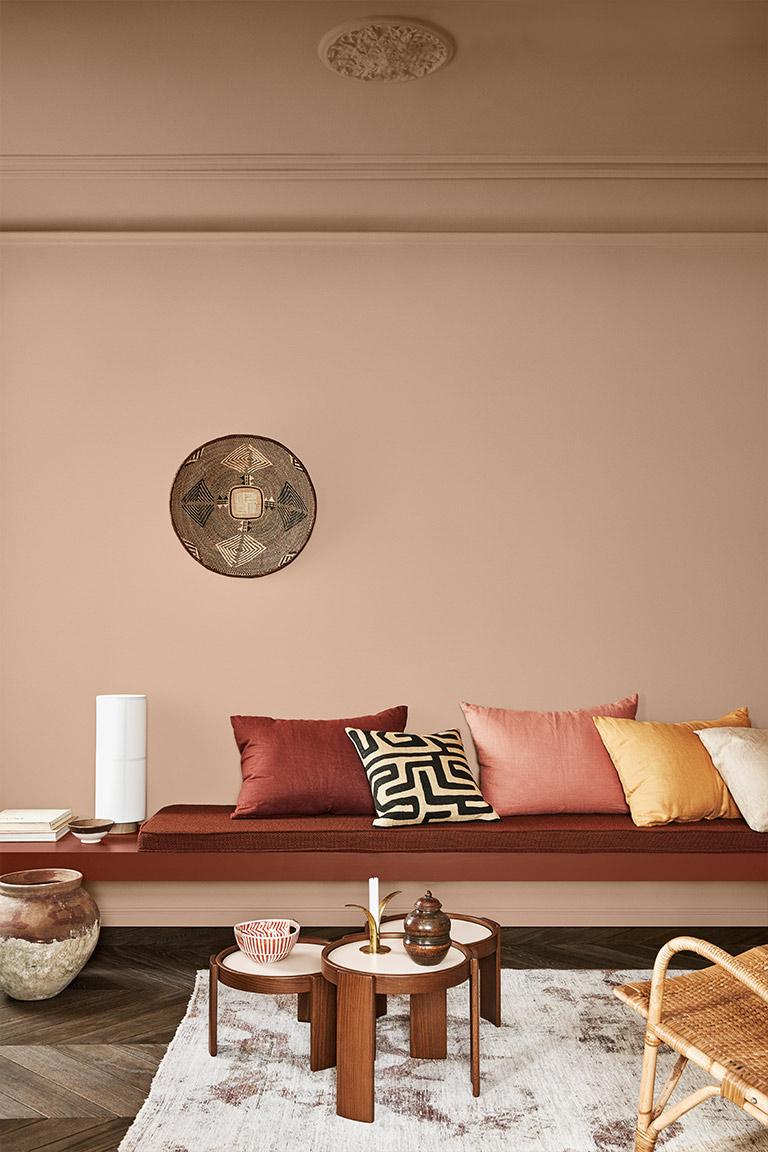 Lun atmosfære med varme og rustikke farger