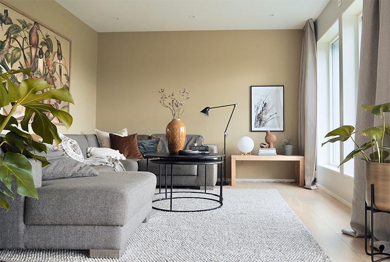 Ny og raffinert stue hos Ellen